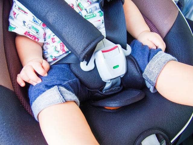 子どもと楽しい夏休みの旅行中、よくある車のトラブルとその解決方法を紹介!