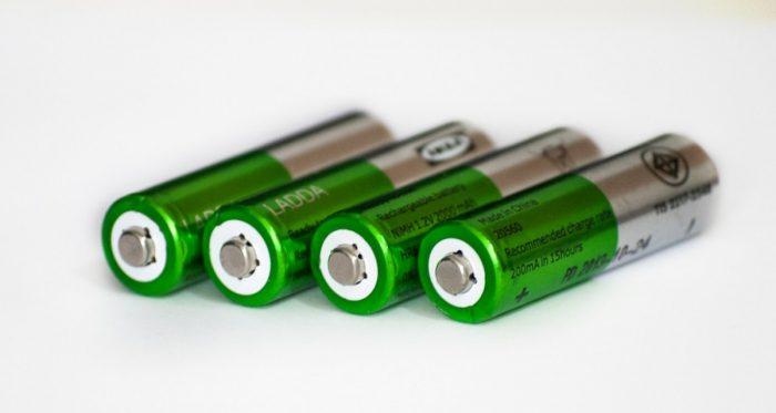 batteries-364217_1280