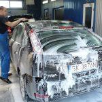 【初心者や女性向け】手洗い洗車・コイン洗車機の方法・違い・注意点まとめ