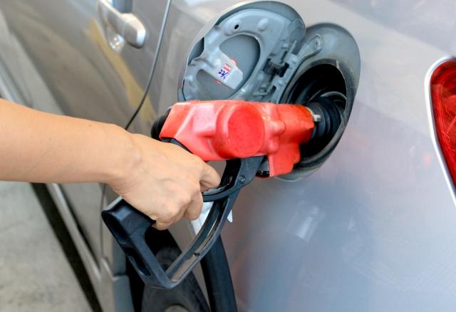 ガソリン代を削減するための5つの方法♪ほんの少し日々の行動を見直すだけでも節約効果大!
