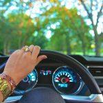 【紫外線対策】車のUVカットフィルムは効果ある?種類やプロに頼む場合と自分で貼る場合の料金紹介