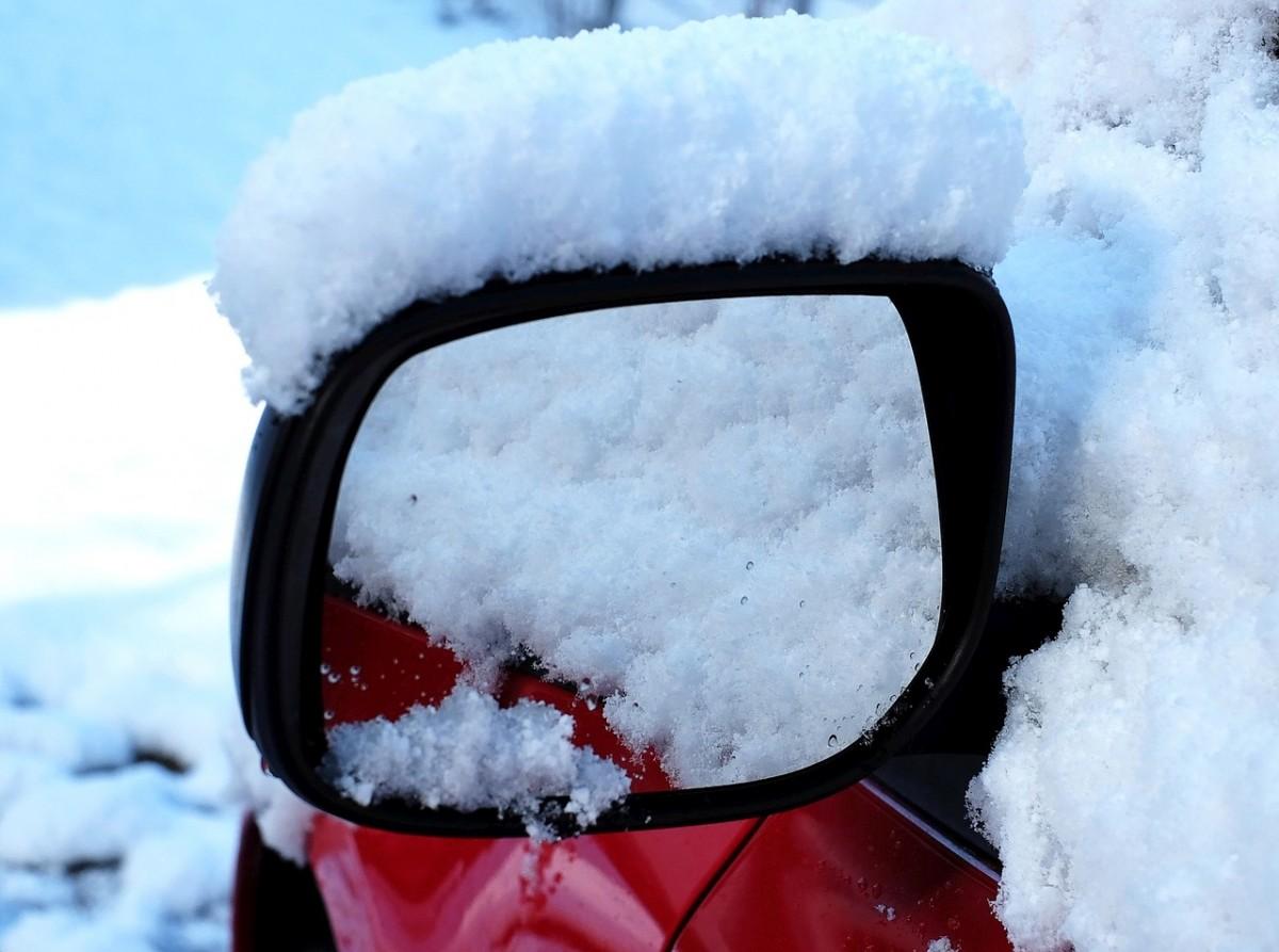 冬の寒い日の洗車をあったか楽しくするコツ教えます♪冬の洗車方法と服装・グッズ5選も!