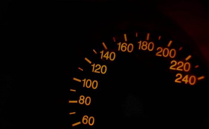 speedometer-587864_960_720