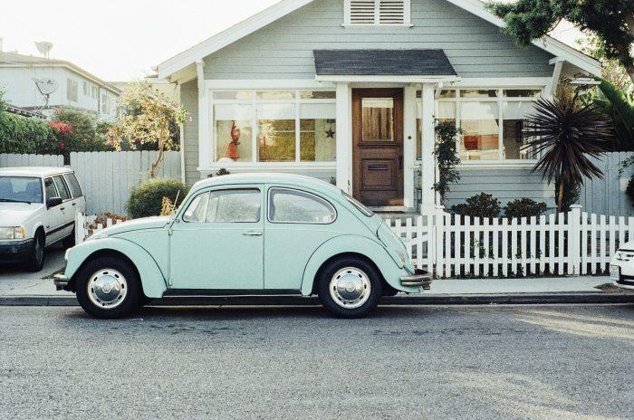初めて車を買うときに新車よりも【中古車】を選ぶメリット・デメリット