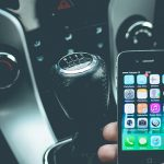 車でスマホを充電する際はバッテリー上がりに注意!充電を節約し長持ちさせる方法も!
