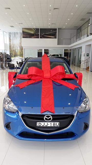 車好き男子・車好き女子へのプレゼント選びに!恋人・友達・家族へのオススメ商品をご紹介♪