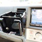 車のドリンクホルダーオススメ7選♪保冷保温機能付きや缶専用、扇風機になるホルダーも!