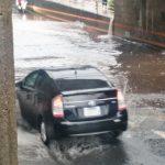 ゲリラ豪雨の時、車の運転で気をつけるべき3つのポイント!高速道路での走行の注意点も