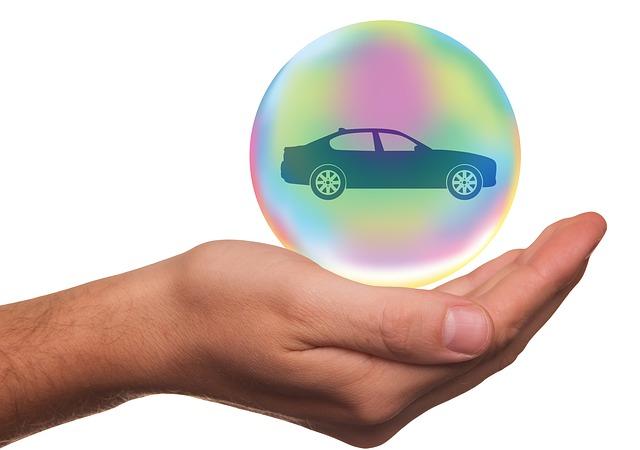 友達の車を運転する時は、スマホやセブンで500円~簡単加入の『1DAY保険』で事故に備えよう!