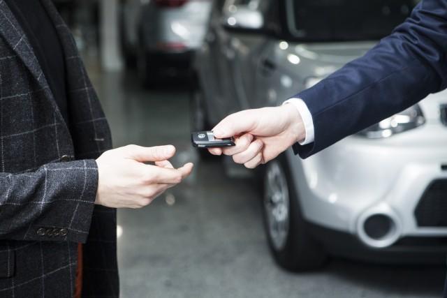 車買取で車を引き渡す日は自分で決められる?引き渡しで注意すべき事とは?