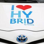 レンタカーでハイブリッド車とガソリン車はどっちがいい?コスパと性能を比較して紹介!