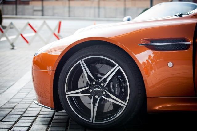 【節約術】タイヤ通販9社の特徴比較!初心者が選びやすく失敗しないショップとは