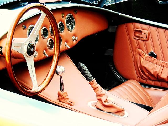 車の技術の進歩でパーキングブレーキも電動へ!どう便利なの?危険は無い?