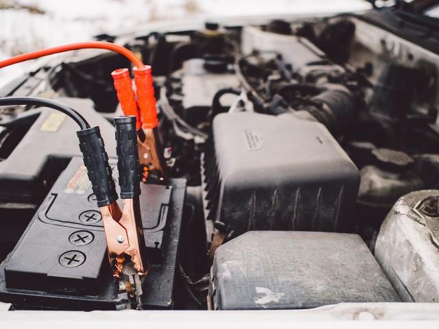 カーバッテリーおすすめ5選!失敗しない選び方のコツは車に合った容量・サイズ!