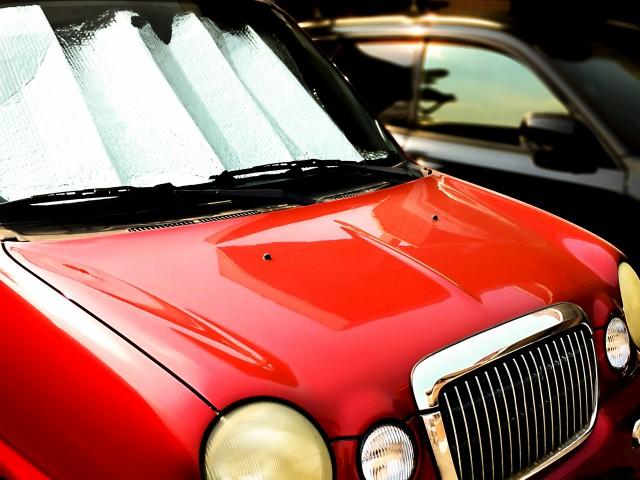 車用サンシェードおすすめ10選!効果的な使い方・選び方を紹介