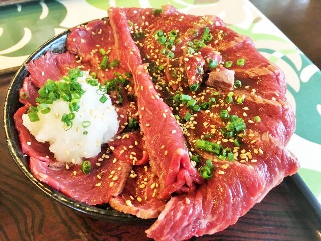 周防大島の名物「ギャング丼」!肉好きにはたまらない!周辺おすすめグルメもご紹介