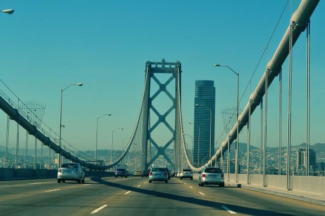 四国に渡る3つの橋、瀬戸大橋・瀬戸内しまなみ海道・明石海峡大橋どれが安くて早いの?